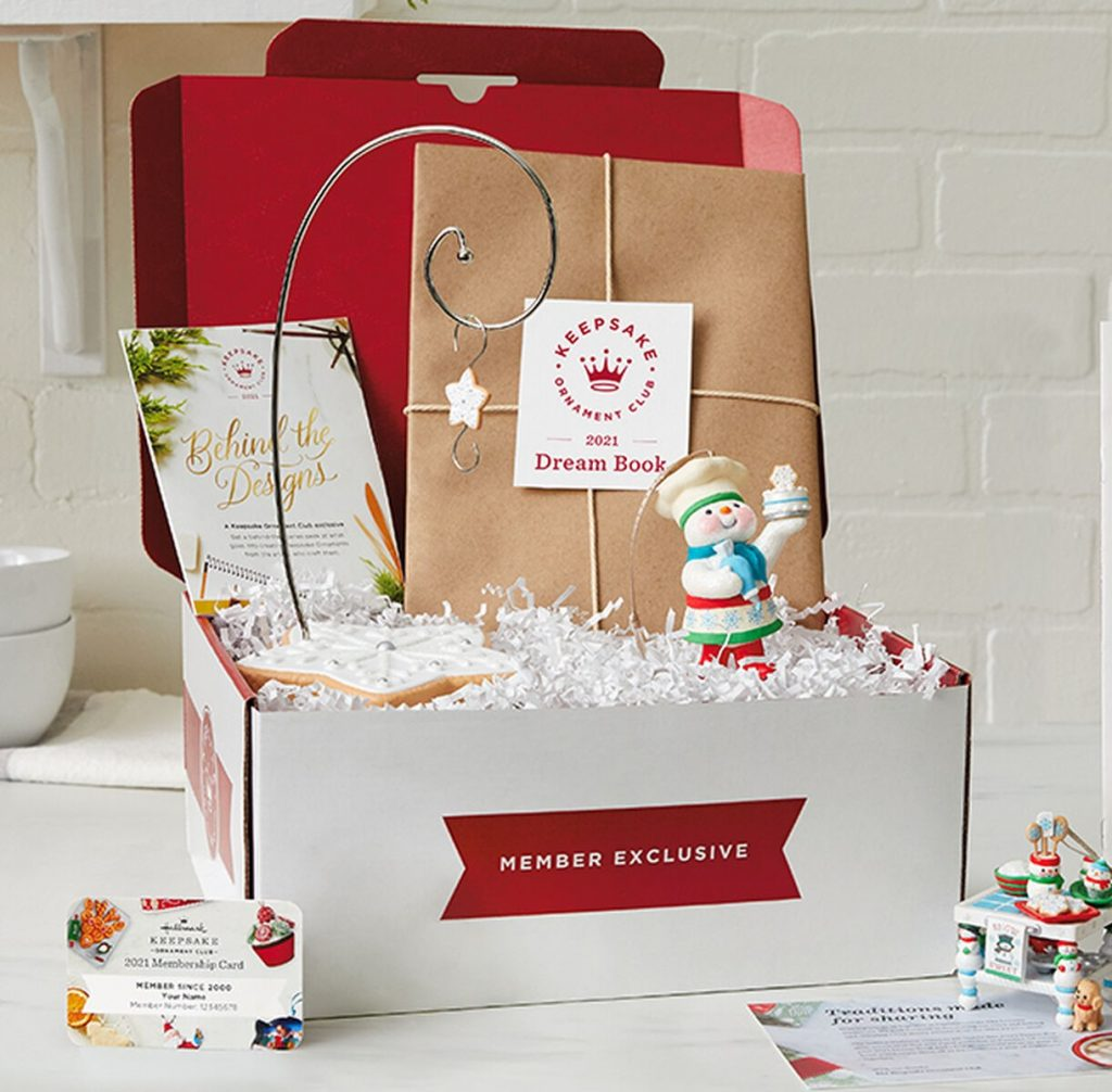 2021 Keepsake Ornament Club membership box